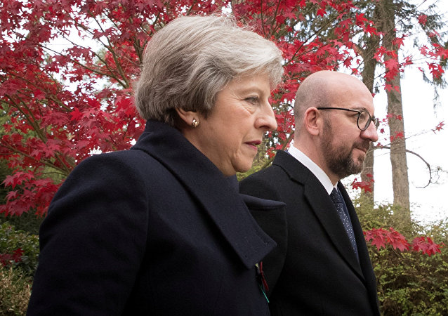 Charles Michel và Theresa May