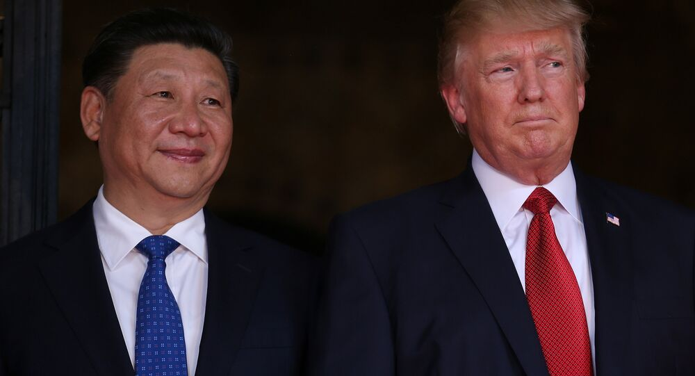 US President Donald Trump welcomes Chinese President Xi Jinping at Mar-a-Lago state in Palm Beach, Florida, US, April 6, 2017.