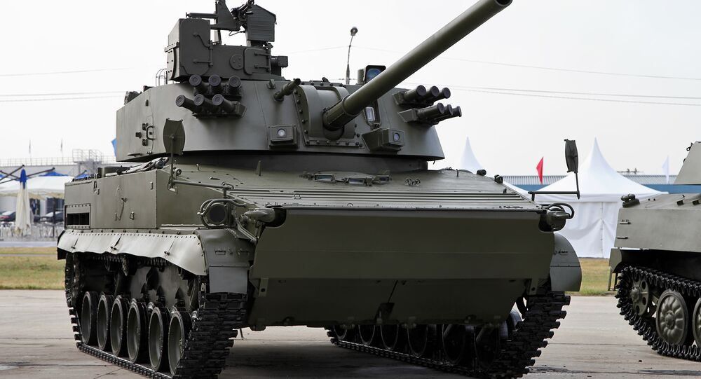 Russian self-propelled 120 mm mortar/cannon 2S31 Vena