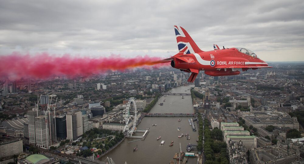 Red Arrows Royal